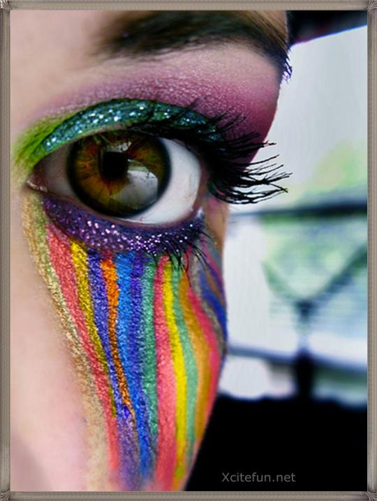 Crazy Eye Make Up: Mia Philosophos